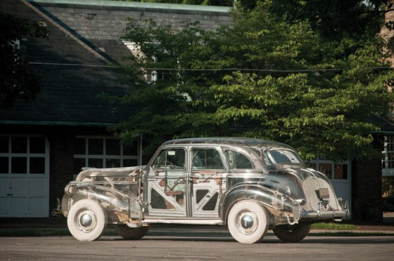 1939-pontiac-plexiglass-ghost-car-see-through-13