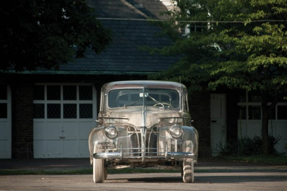 1939-pontiac-plexiglass-ghost-car-see-through-3