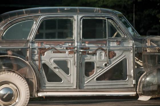 1939-pontiac-plexiglass-ghost-car-see-through-9